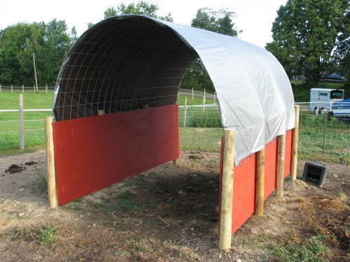 Diy Calf Shelter : Economy horse run in shed shelter barn alpacabytes « dutch